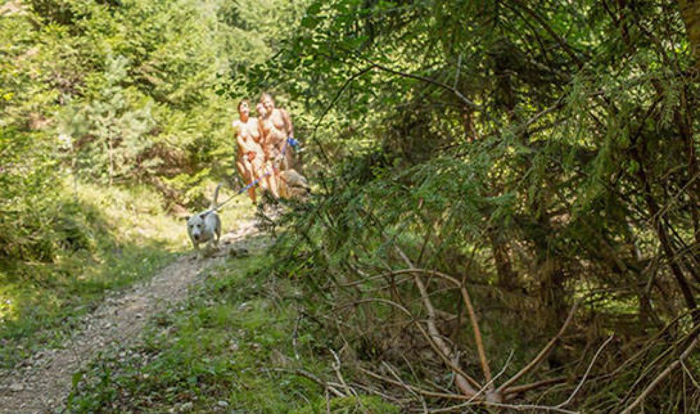 FKK-BÄDER und SEE-Camping Rutar Lido